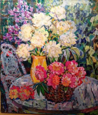 "Valiakhmetov A. K. ""White and pink peonies"""